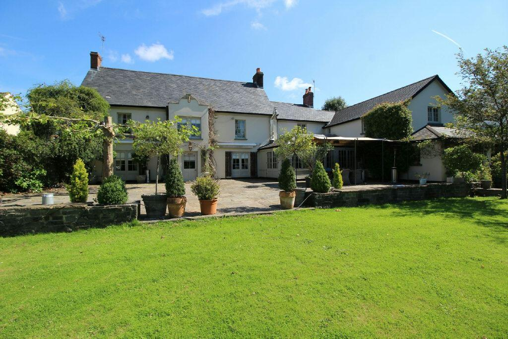 6 Bedrooms Unique Property for sale in Isca Road, Old Caerleon Village, Newport
