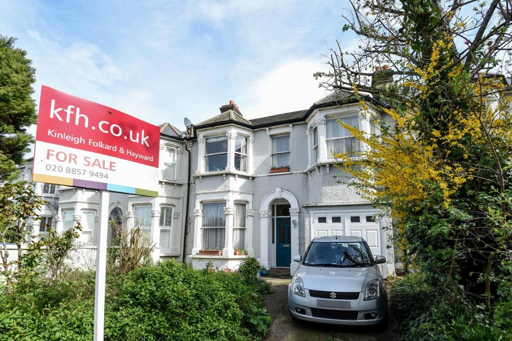 4 Bedrooms Terraced House for sale in Wellmeadow Road, Hither Green, SE13