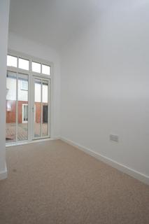 3 bedroom terraced house to rent - Horseshoe Mews, Tudor Road, Canterbury, CT1