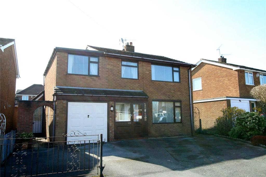 5 Bedrooms Detached House for sale in Richmond Road, Wrexham, LL12