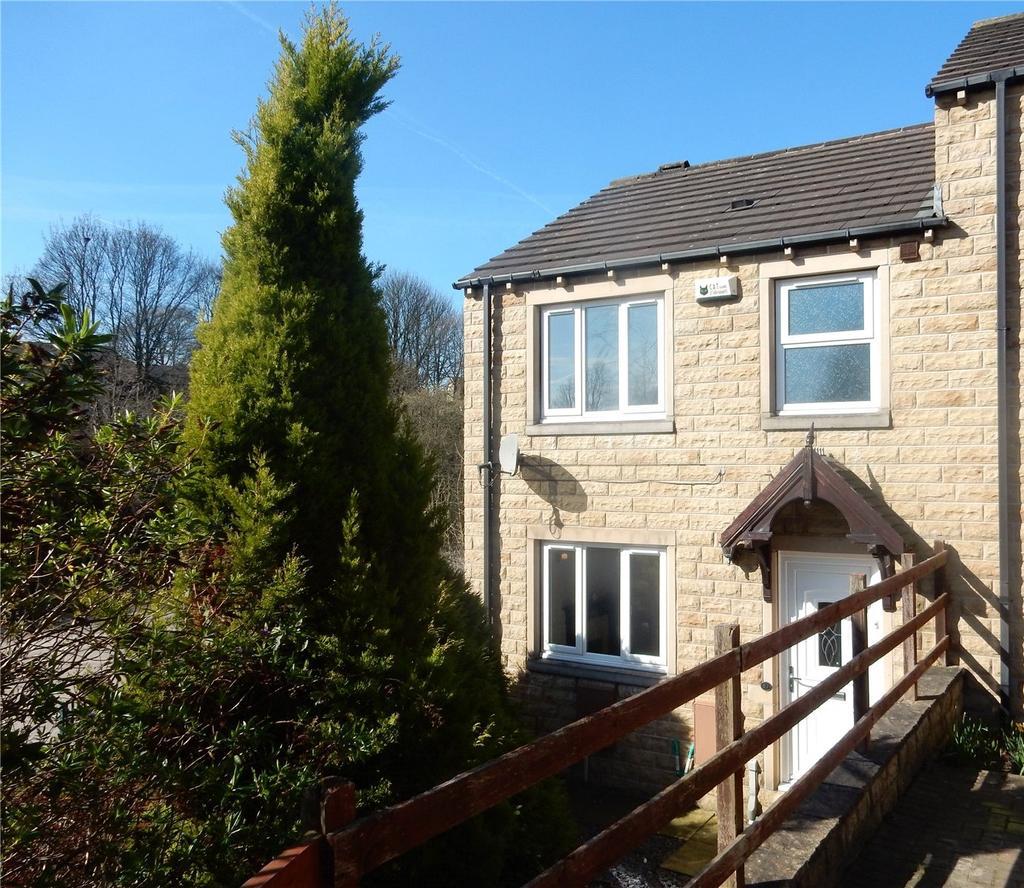 3 Bedrooms Semi Detached House for sale in Grove Nook, Longwood, Huddersfield, HD3
