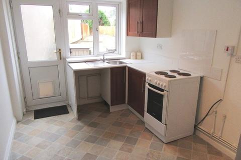 2 bedroom property to rent - Tirpenry Street, Morriston, Swansea, City & County of Swansea. SA6 8EB