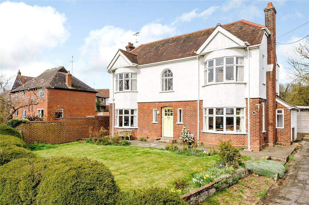 4 Bedrooms Detached House for sale in Ashdon Road, Saffron Walden, Essex