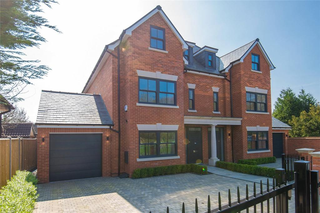 4 Bedrooms Semi Detached House for sale in Stag House, Hawthorne Lane, Farnham Common, Buckinghamshire