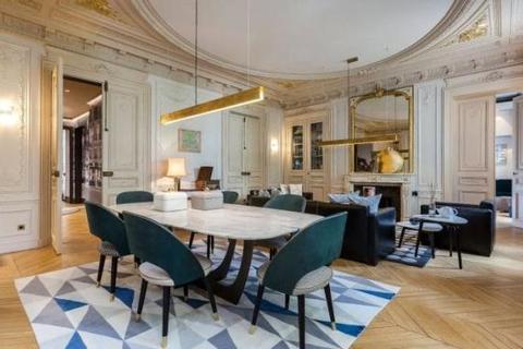2 bedroom house  - Saint Germain Des Pres, Paris, France