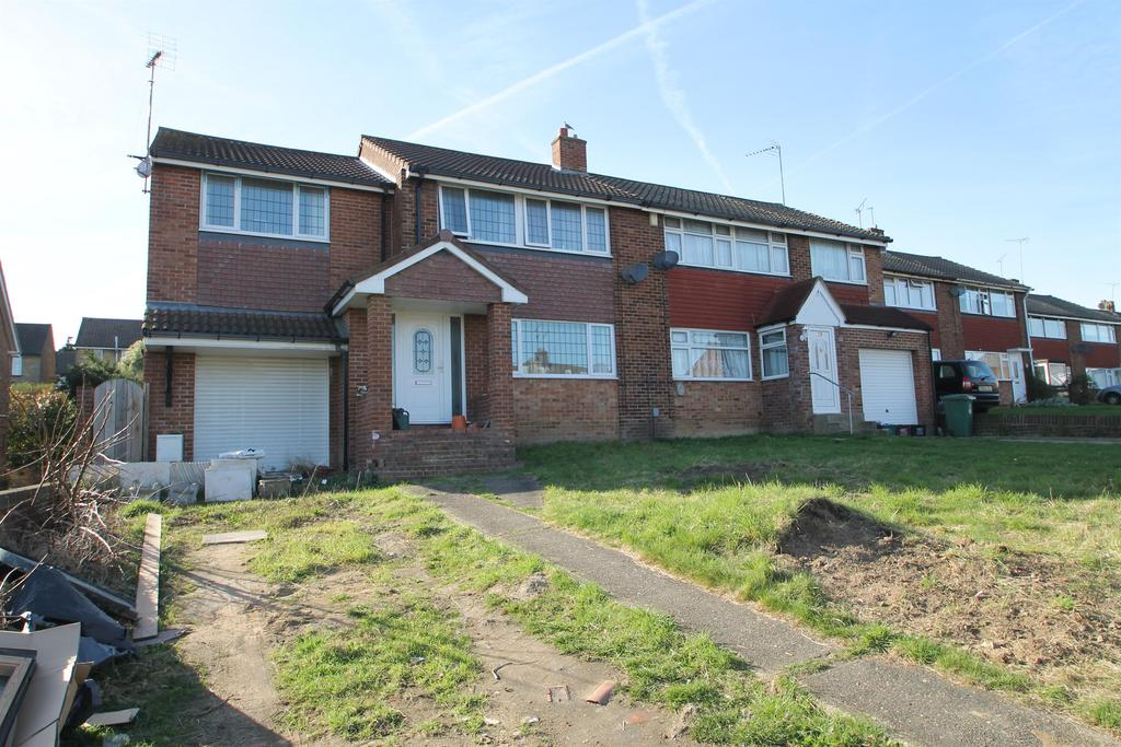 4 Bedrooms Semi Detached House for sale in Wessex Drive, Erith, Kent, DA8 3AE