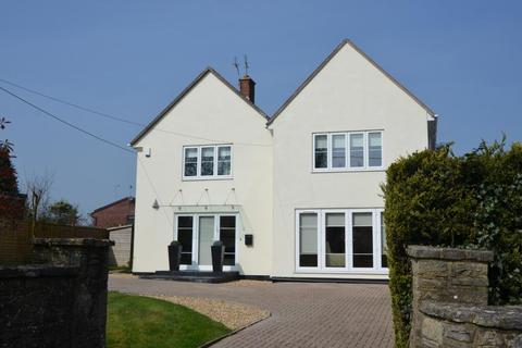 4 bedroom detached house for sale - EAST END, CORFE MULLEN