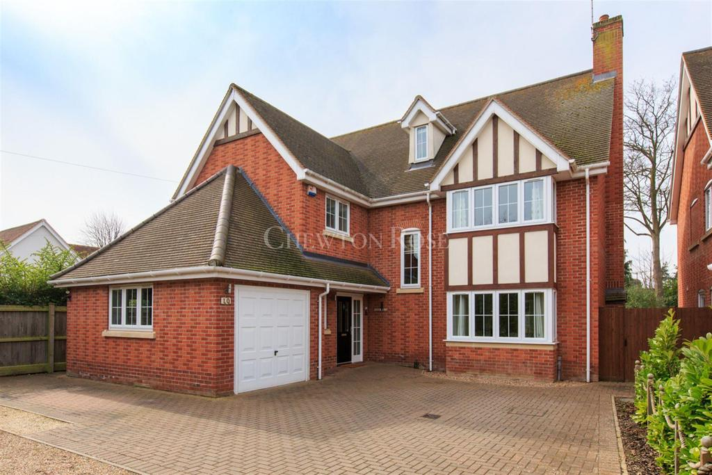 5 Bedrooms Detached House for sale in Lexden