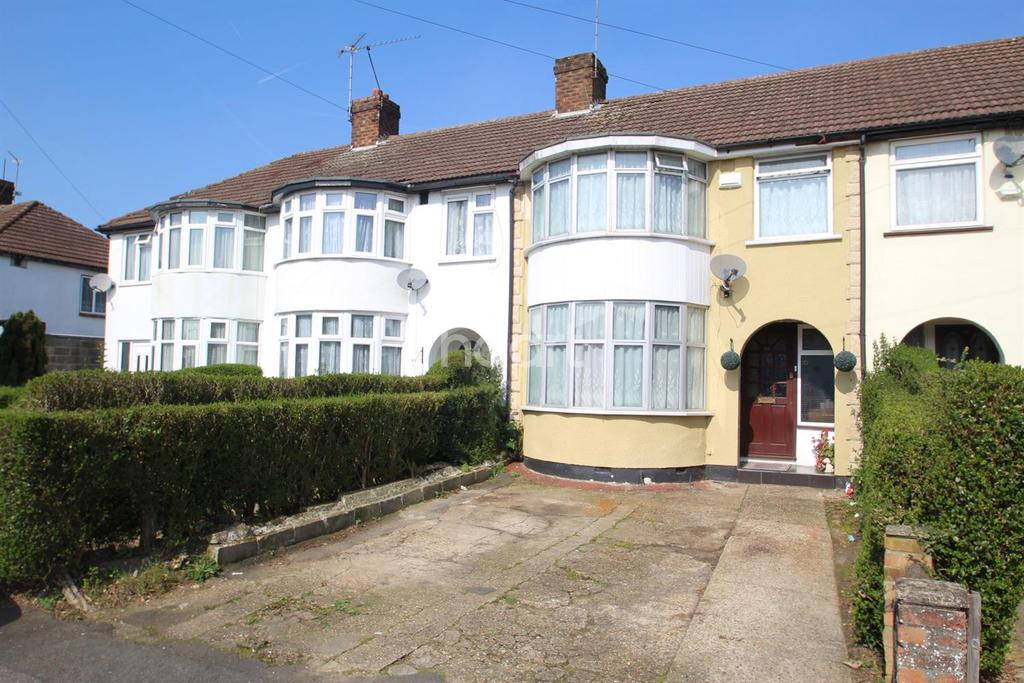 3 Bedrooms Terraced House for sale in Lancaster Avenue