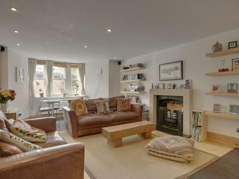 2 Bedrooms Apartment Flat for sale in Redland Road, Bristol