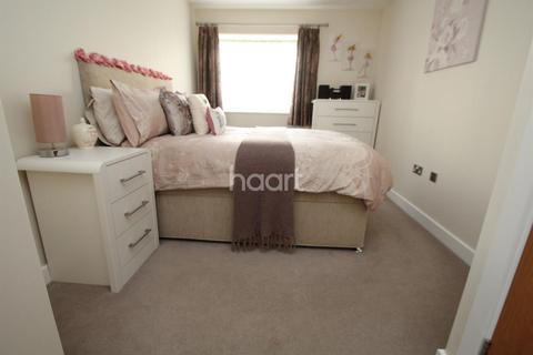 1 bedroom flat for sale - Autumn Court, Sring Gardens, Romford