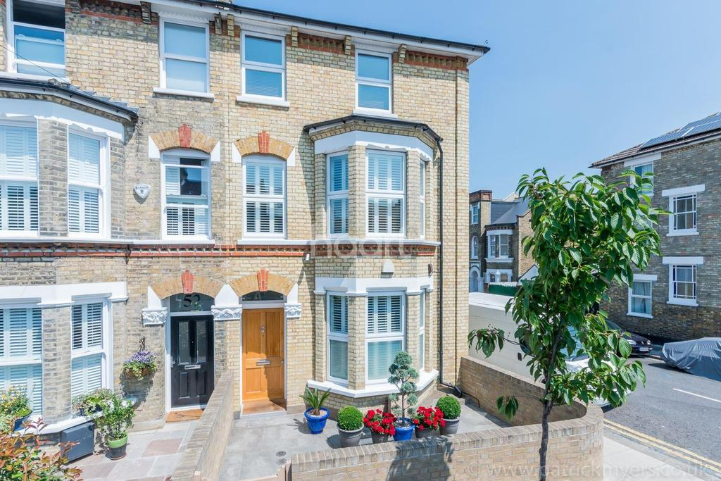 4 Bedrooms End Of Terrace House for sale in Tyrrell Road , East Dulwich , London ,SE22