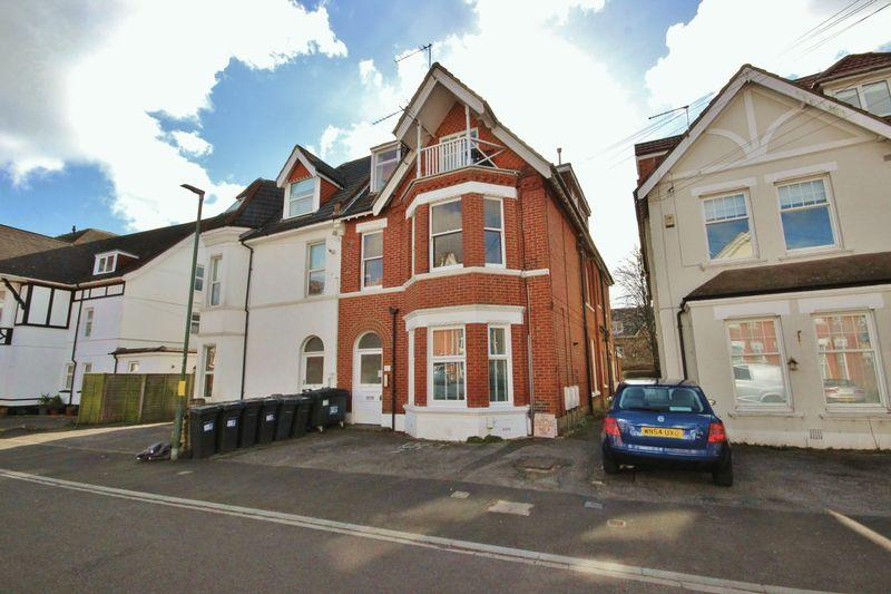 2 Bedrooms Apartment Flat for sale in 17 St Johns Road, Boscombe, Bournemouth