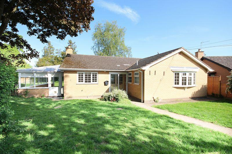 4 Bedrooms Detached House for sale in THREE ELMS