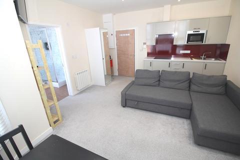 Studio to rent - Landport Terrace, Portsmouth