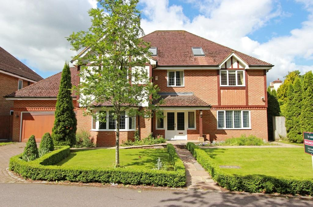 6 Bedrooms Detached House for sale in Alcocks Lane, Kingswood
