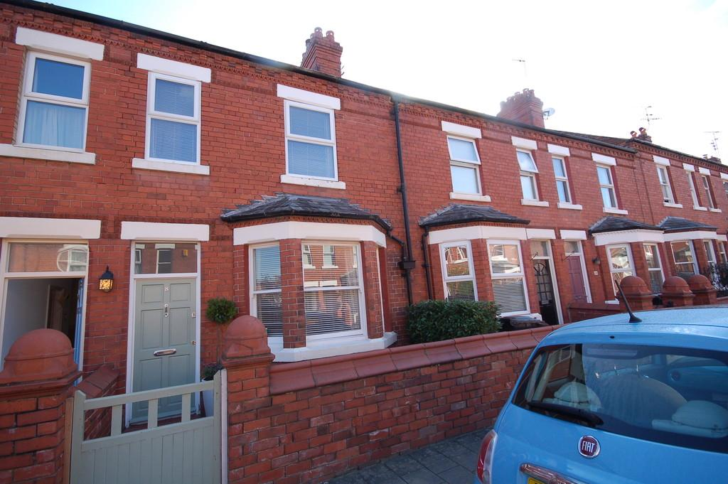 3 Bedrooms Terraced House for sale in Princes Avenue, Chester