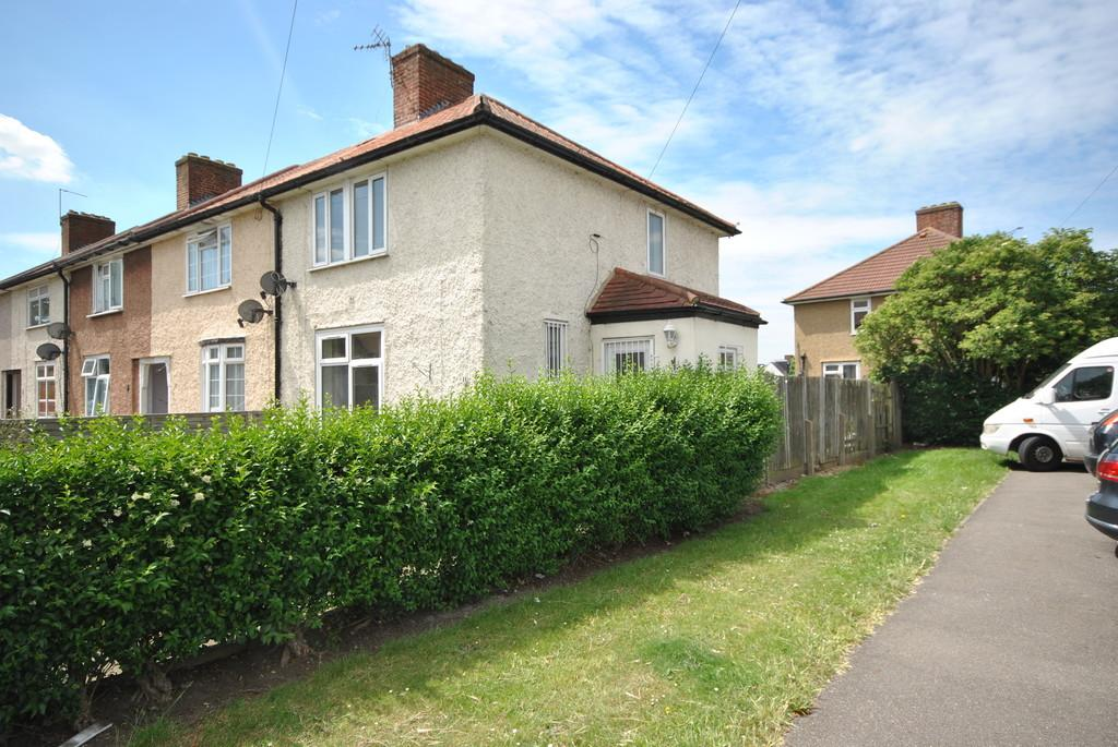 3 Bedrooms End Of Terrace House for sale in Standfield Road, Dagenham
