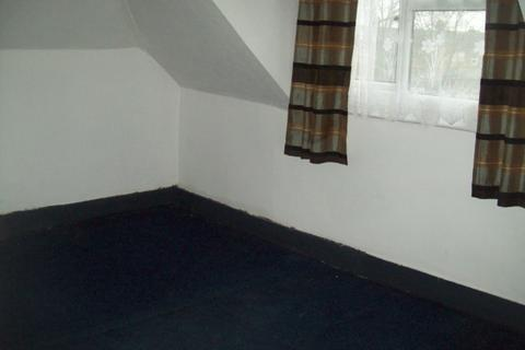 1 bedroom flat to rent - Balfour Road, close to Ilford Station,  Ilford, IG1