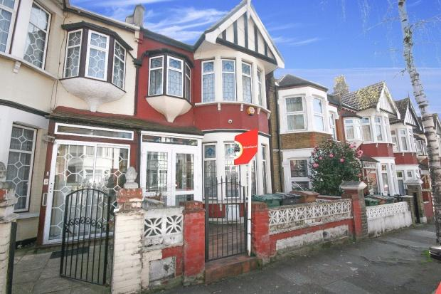 4 Bedrooms Terraced House for sale in Colchester Road, London, E10