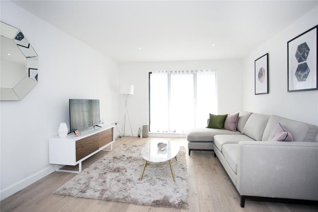 2 Bedrooms Flat for sale in Royal Crescent Apartments, 1 Royal Crescent Road, Southampton, Hampshire, SO14