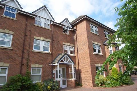 2 bedroom apartment to rent - Wellington Road, Timperley, Cheshire, WA15