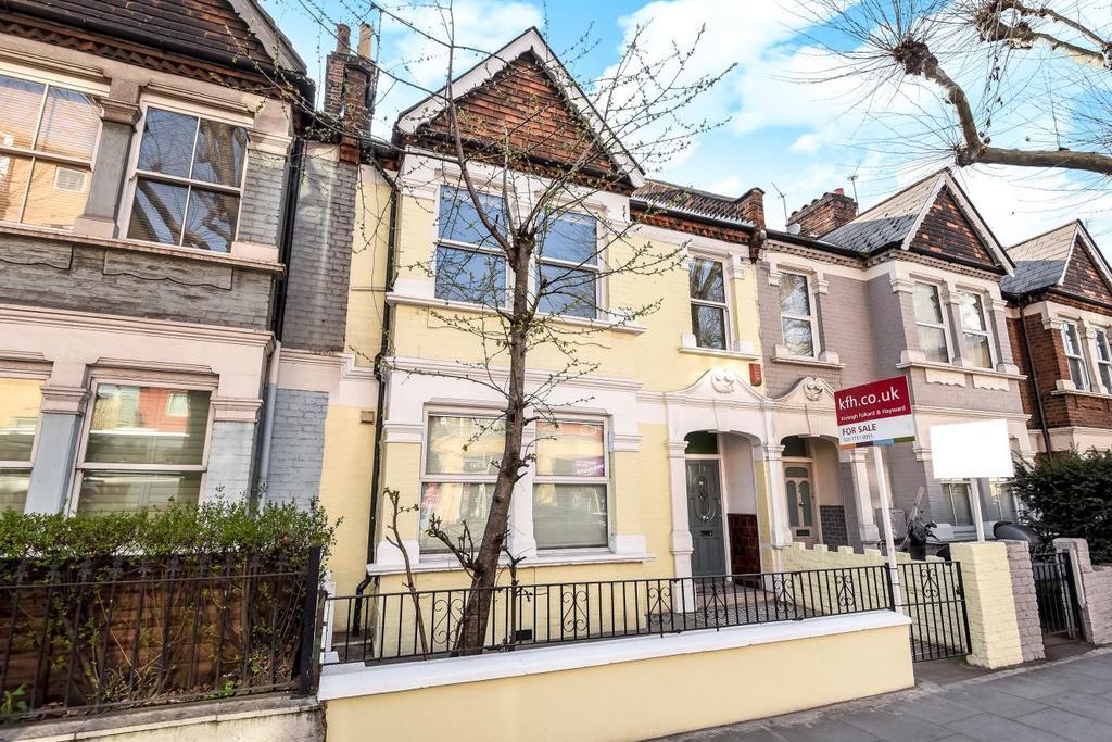 4 Bedrooms Flat for sale in Wandsworth Bridge Road, Fulham, SW6