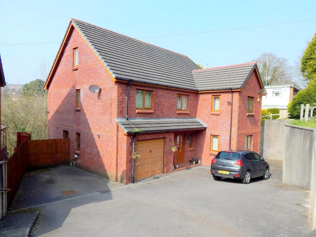 6 Bedrooms Detached House for sale in Salem Road, Morriston, Swansea