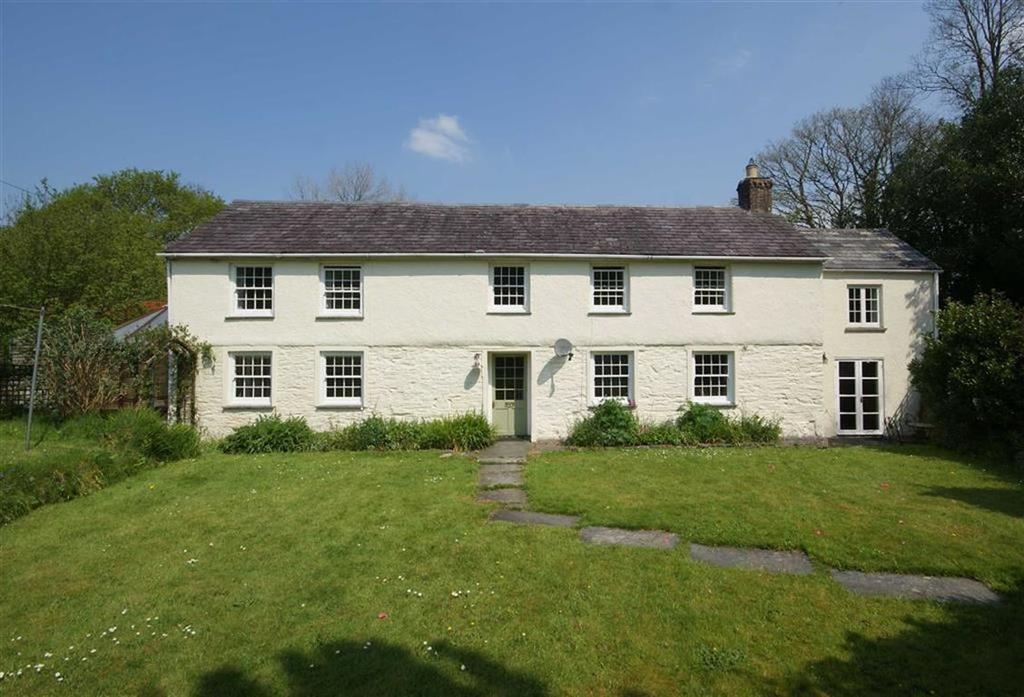 5 Bedrooms Detached House for sale in Withiel, Bodmin, Cornwall, PL30