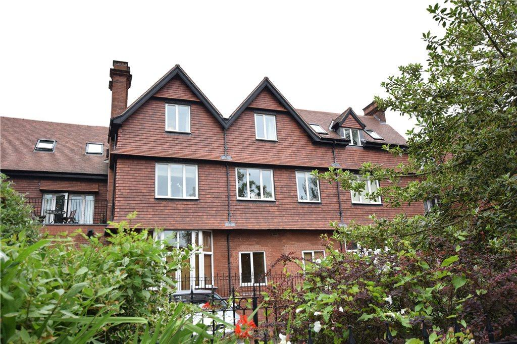 2 Bedrooms Apartment Flat for sale in Apartment 1, Oakhurst, Cardigan Road, Leeds