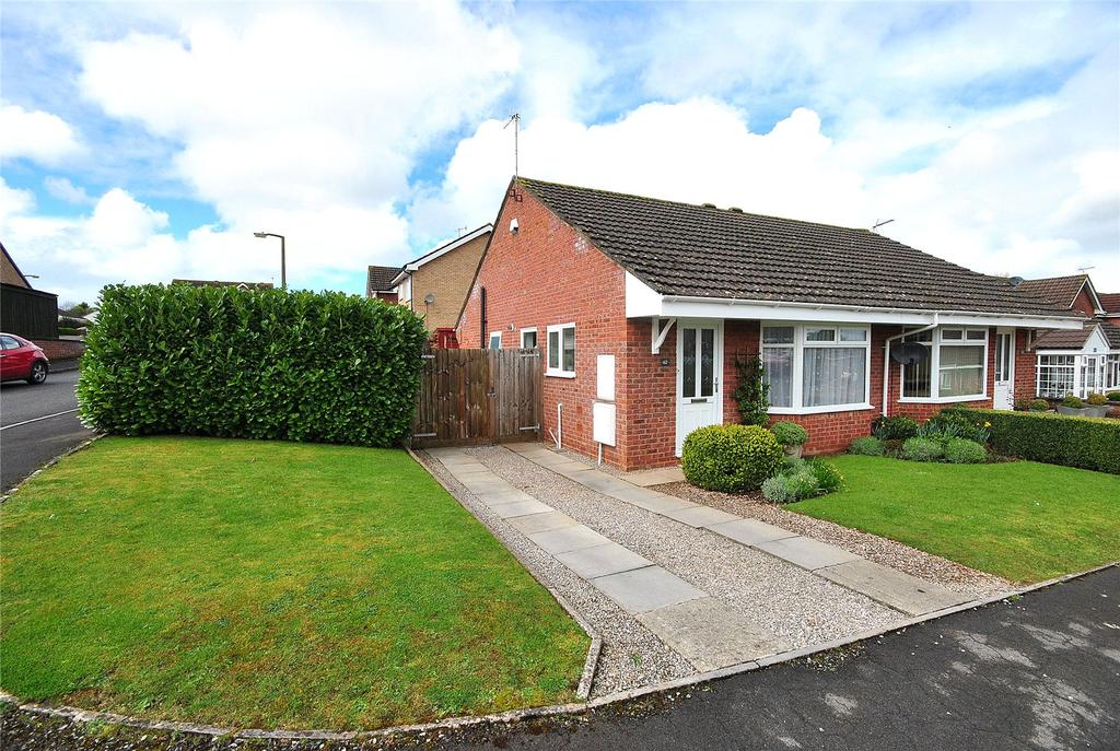 2 Bedrooms Semi Detached Bungalow for sale in West Garston, Banwell, North Somerset, BS29