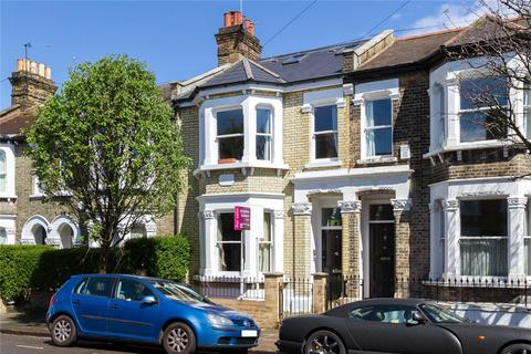 4 bedroom terraced house to rent - Eccles Road, London