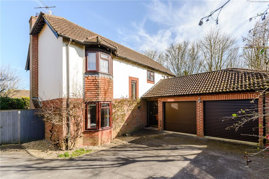 4 Bedrooms Detached House for sale in Jefferies Close, Marlborough, Wiltshire, SN8