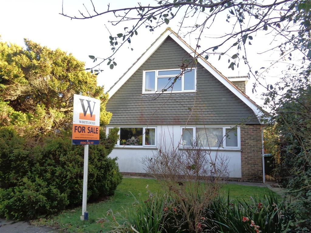 4 Bedrooms Chalet House for sale in The Causeway, Pagham
