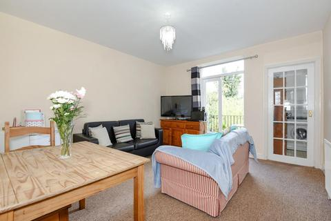 2 bedroom flat for sale - Knatchbull Road, Camberwell, SE5