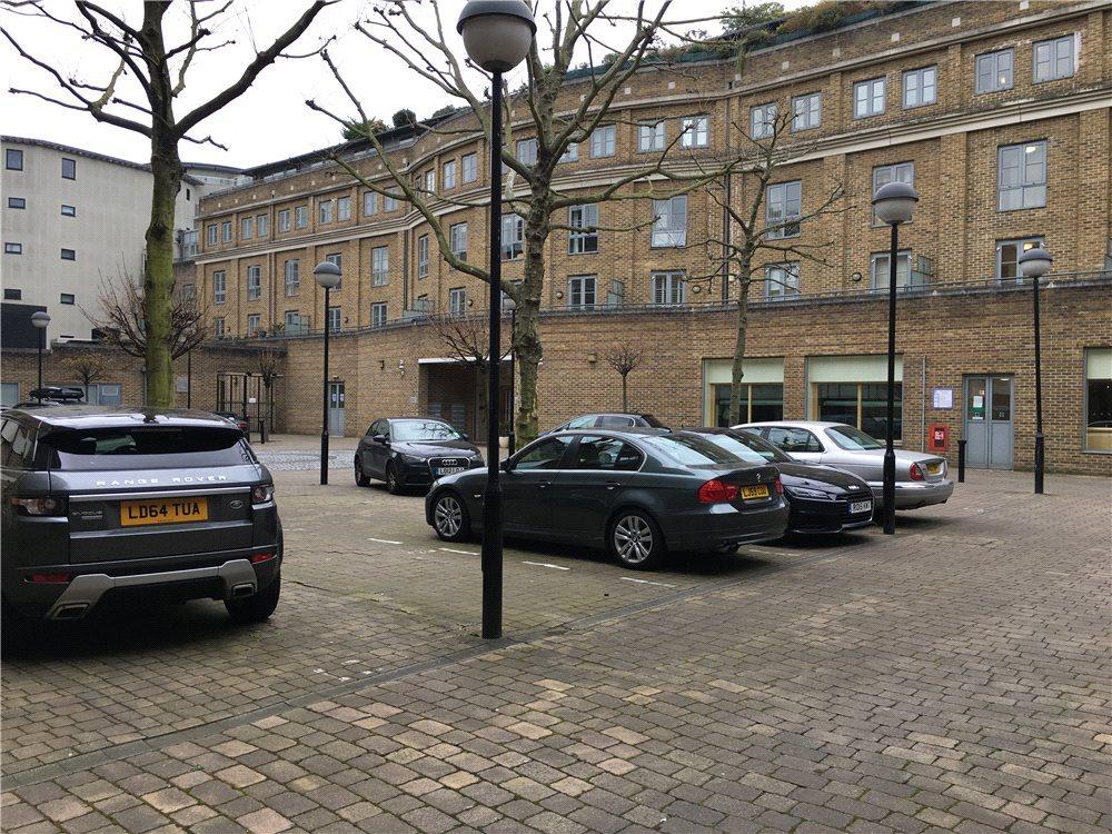 Parking Garage / Parking for sale in Car Parking Space, Essex Road, Islington, London, N1