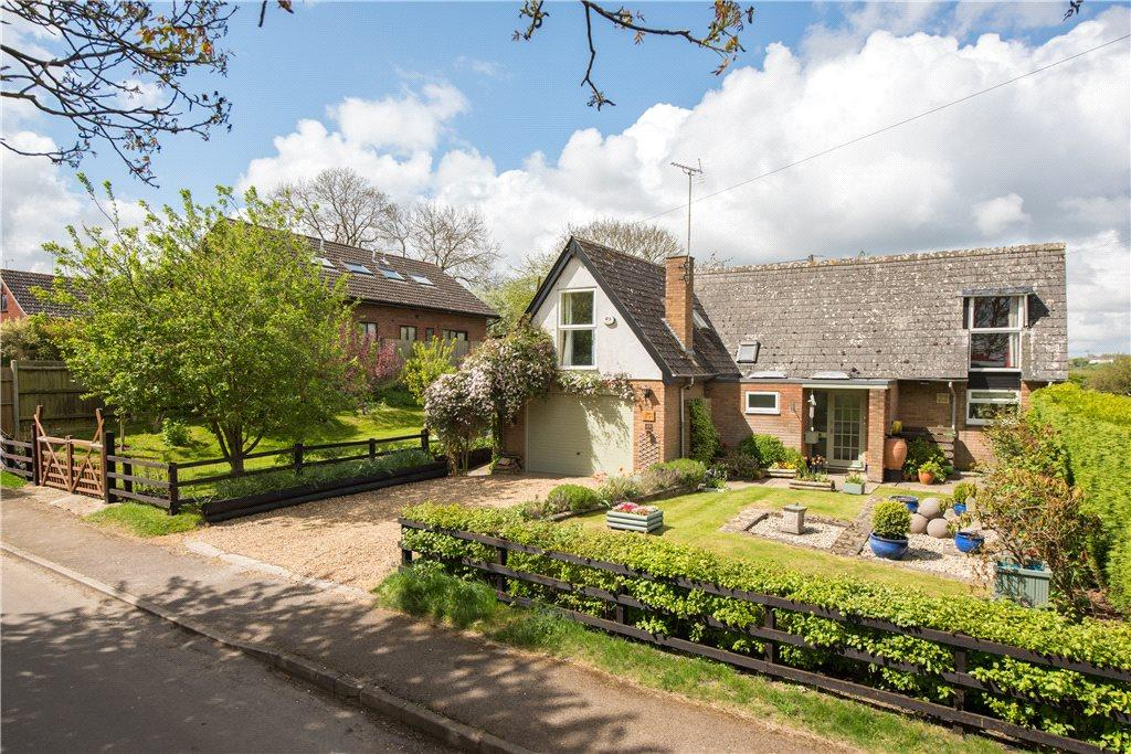 4 Bedrooms Detached House for sale in Park Road, Melchbourne, Bedford, Bedfordshire