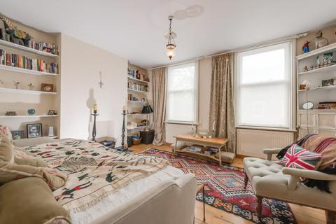 2 bedroom flat to rent - Earlsmead Road, Kensal Rise, London, NW10