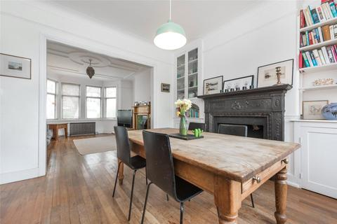 4 bedroom terraced house for sale - Monson Road, London, NW10