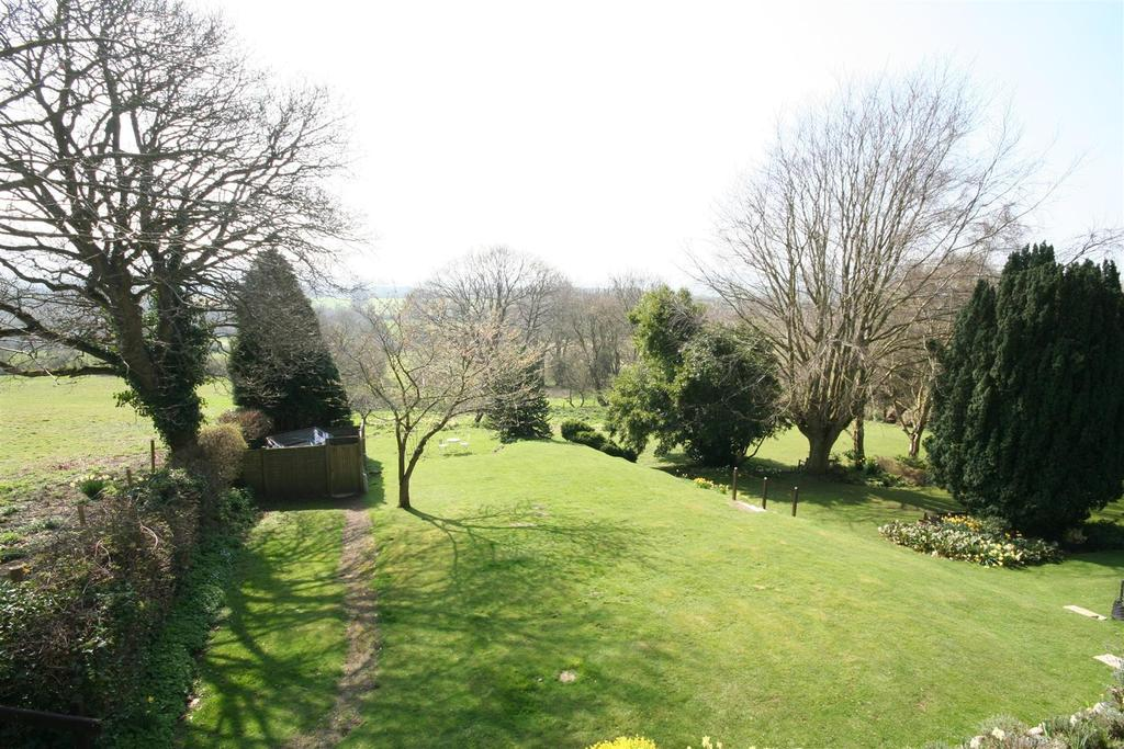 1 Bedroom Apartment Flat for sale in Springhills, Henfield