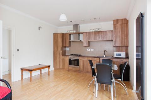 2 bedroom apartment to rent - Meyrick Rd, Clapham, London SW11