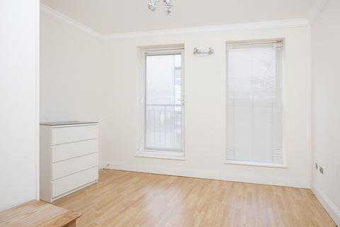 2 bedroom apartment to rent - Meyrick Rd, Clapham, London SW11