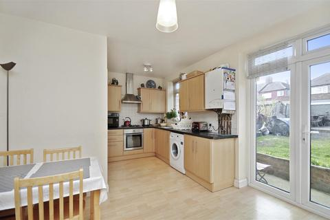 4 bedroom end of terrace house for sale - Cleveley Crescent, London