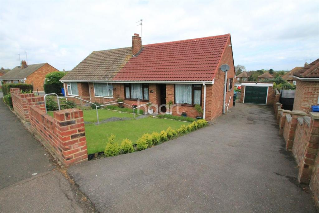 2 Bedrooms Bungalow for sale in Admirals Walk