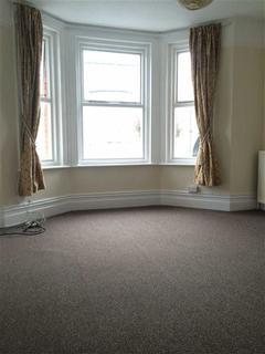 1 bedroom flat to rent - Cambridge Gardens, Folkestone, Kent, CT20