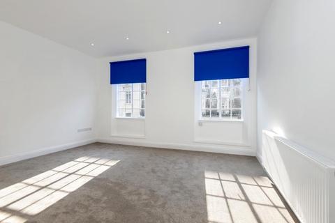 2 bedroom apartment to rent - Craven Road, Hyde Park, W2
