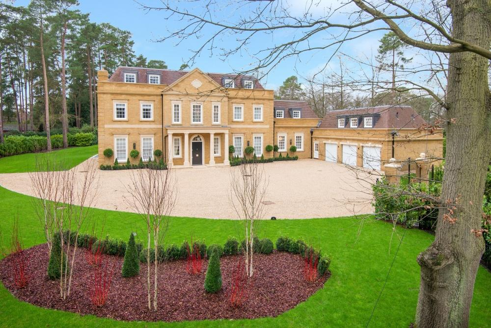 7 Bedrooms Detached House for sale in West Drive, Virginia Water, Wentworth