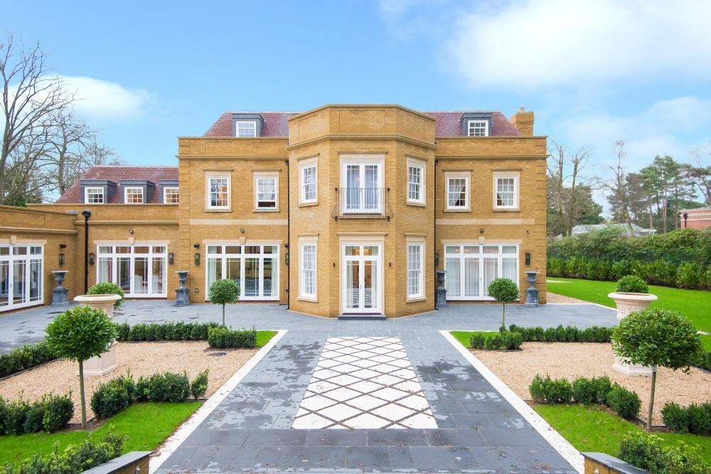 7 Bedrooms Detached House for sale in West Drive, Wentworth, Virginia Water
