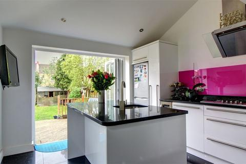 2 bedroom terraced house for sale - Balfour Road, Bromley, Kent