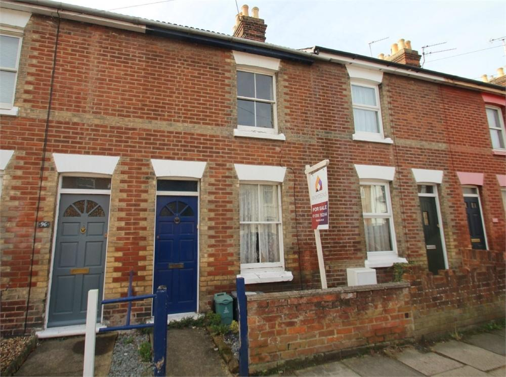 2 Bedrooms Terraced House for sale in Winchester Road, COLCHESTER, Essex